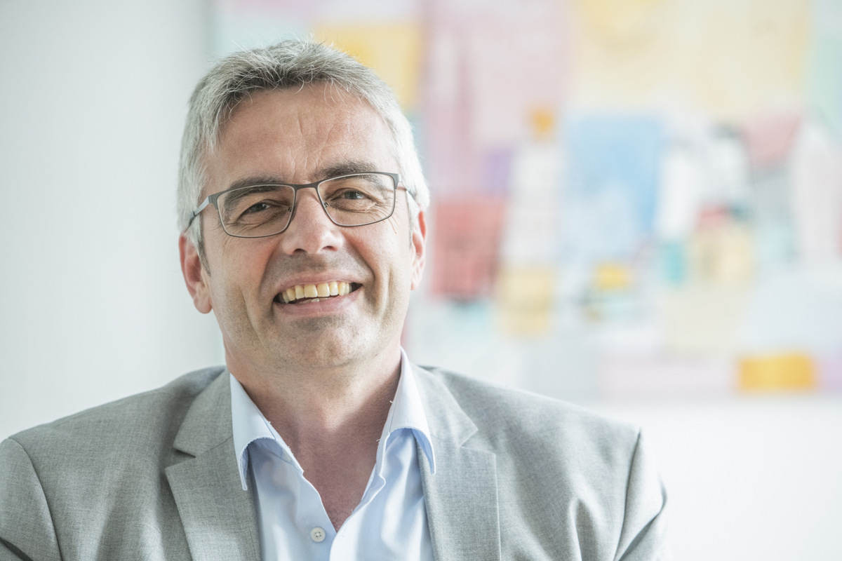 Prof. Dr. Markus Steffens