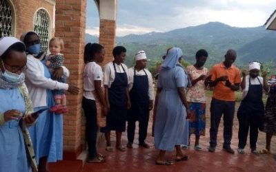 Klinik Hohe Mark: Masken für Ruanda